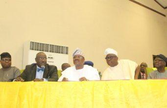 From the left: Oyo SSG, Olalekan Alli, Oyo's Information Commissioner, Toye Arulogun, Oyo's Governor Abiola Ajimobi, Ekiti's Governor Ayodele Fayose and Veteran Journalist, Felix Adenaike...at the summit...